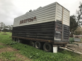 2002 8.8M TMC AIRBAG STOCK TRAILER & 2001 2/3 DECK CRATE