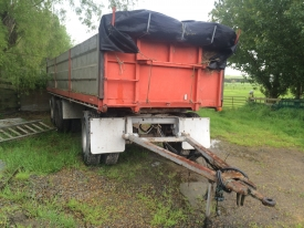 3AXLE 7M TIPPING LOCAL TRAILER