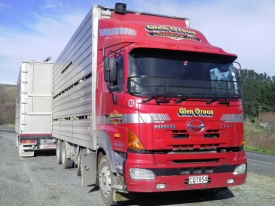 HINO 700 SERIES 8X4 TRUCKS 24FT STOCK DECK X2