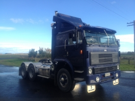 INTERNATIONAL T2670 6X4 TRACTOR UNIT