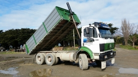 Mercedes Benz 6x4 drop side tipper & turntable