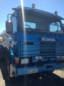 SCANIA SPREADER