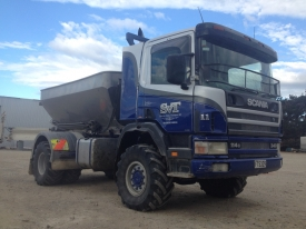 Scania 4x4 Bulk Spreader